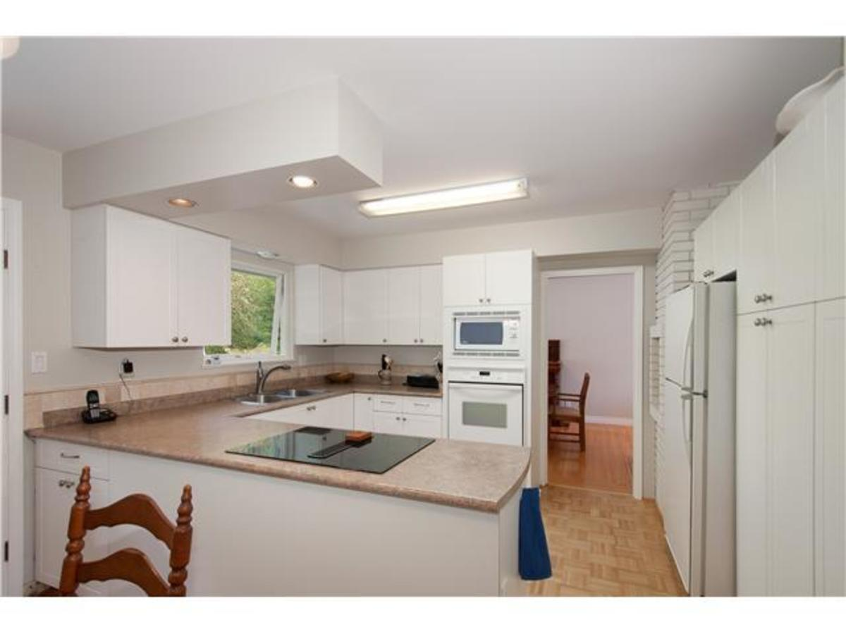 4095 Ripple Rd Kitchen at 4095 Ripple Road, Bayridge, West Vancouver