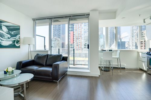 7 at 1501 - 1325 Rolston Street, Downtown VW, Vancouver West