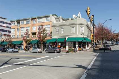 108-w-esplanade-avenue-lower-lonsdale-north-vancouver-01 at 407 - 108 W Esplanade Avenue, Lower Lonsdale, North Vancouver