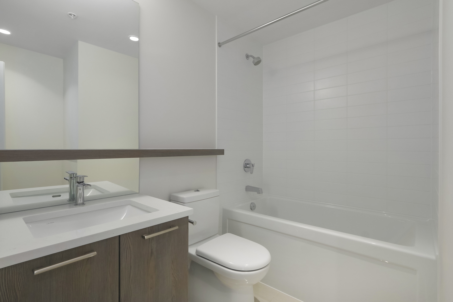19 at 103 - 615 E 3rd Street, Lower Lonsdale, North Vancouver