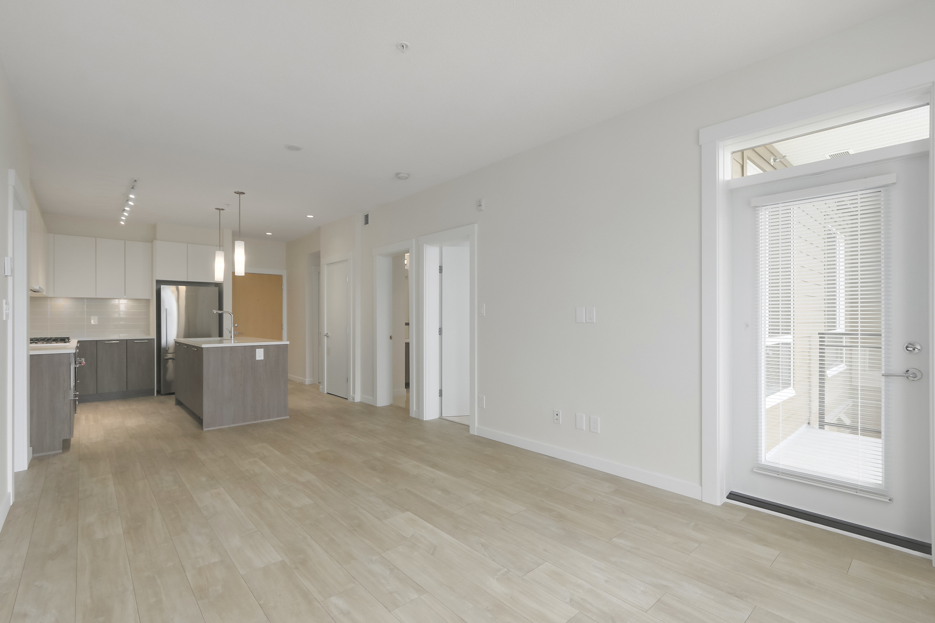 5 at 103 - 615 E 3rd Street, Lower Lonsdale, North Vancouver