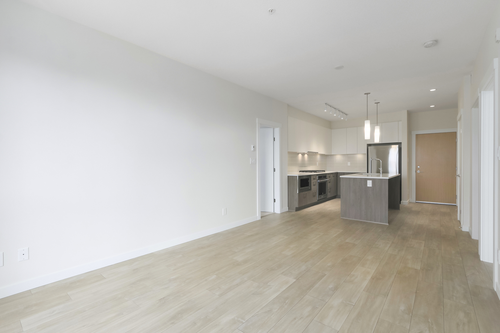 6 at 103 - 615 E 3rd Street, Lower Lonsdale, North Vancouver