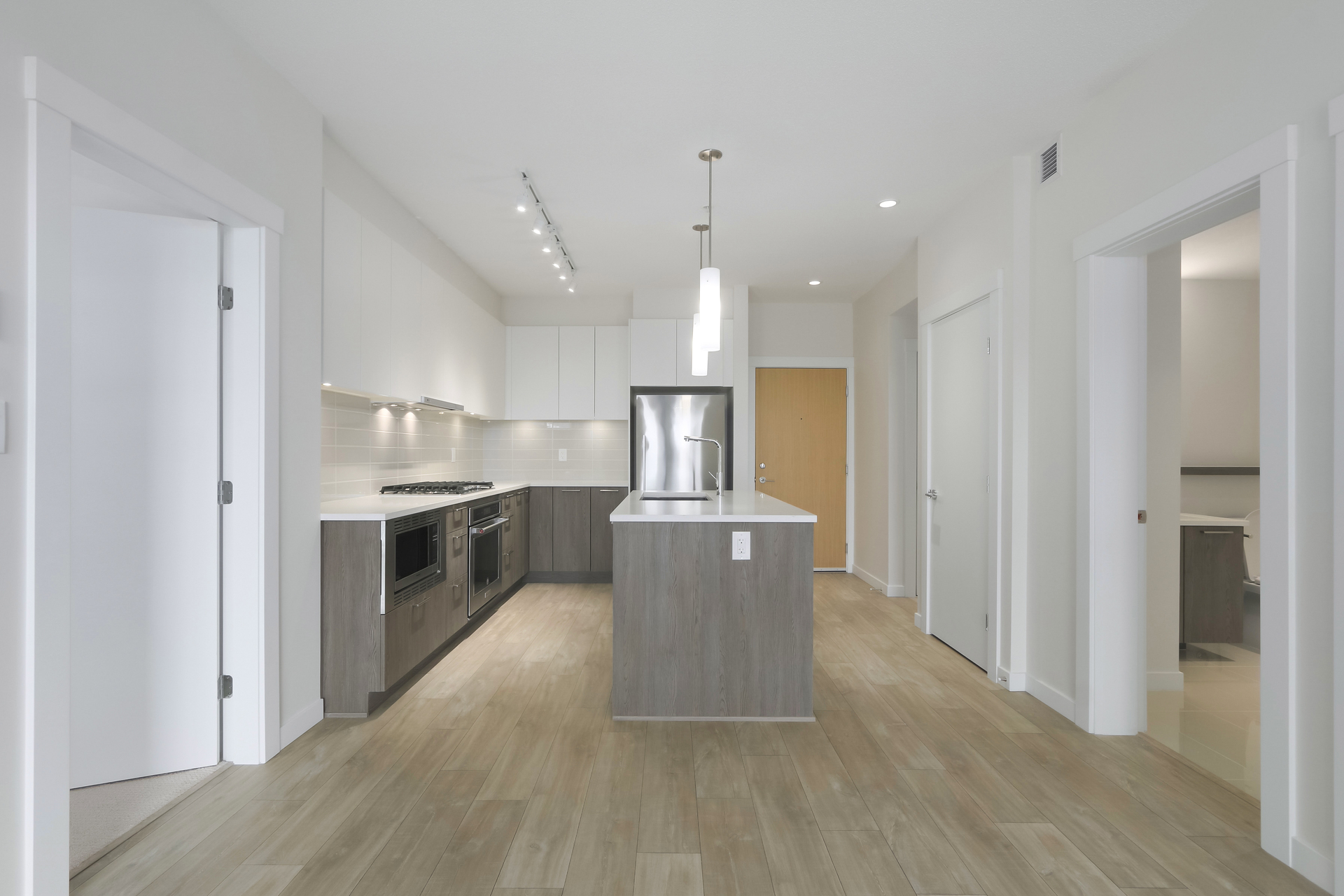 8 at 103 - 615 E 3rd Street, Lower Lonsdale, North Vancouver