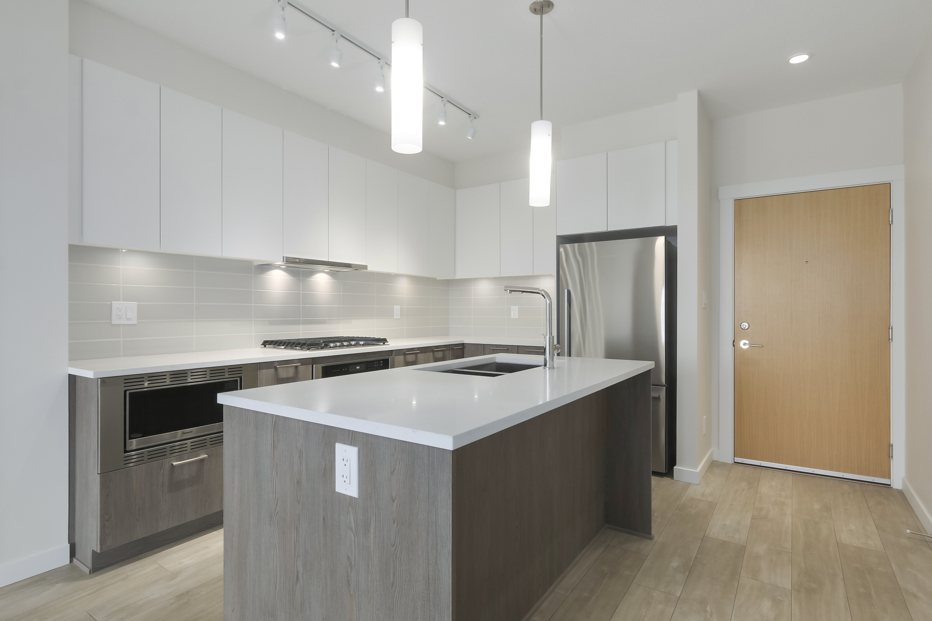9 at 103 - 615 E 3rd Street, Lower Lonsdale, North Vancouver