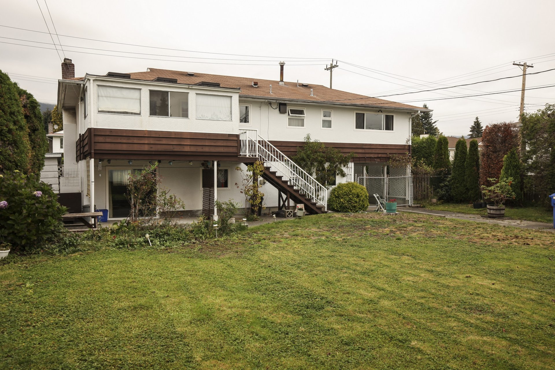 d96902c9c74266a2fa4d4bbef4b7c4e5 at 625 - 16th Street Vancouver,