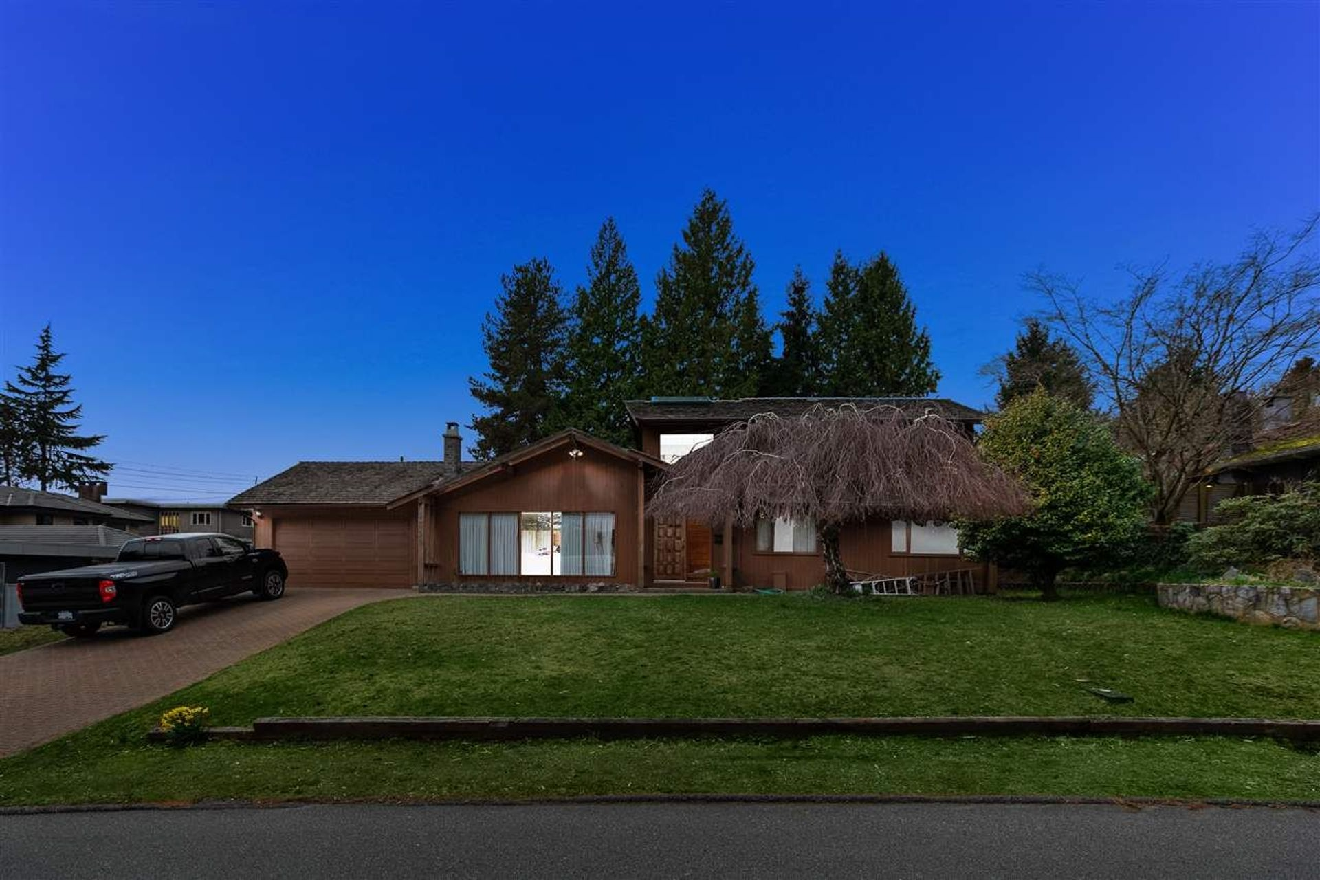 1355 19th Street, Ambleside, West Vancouver