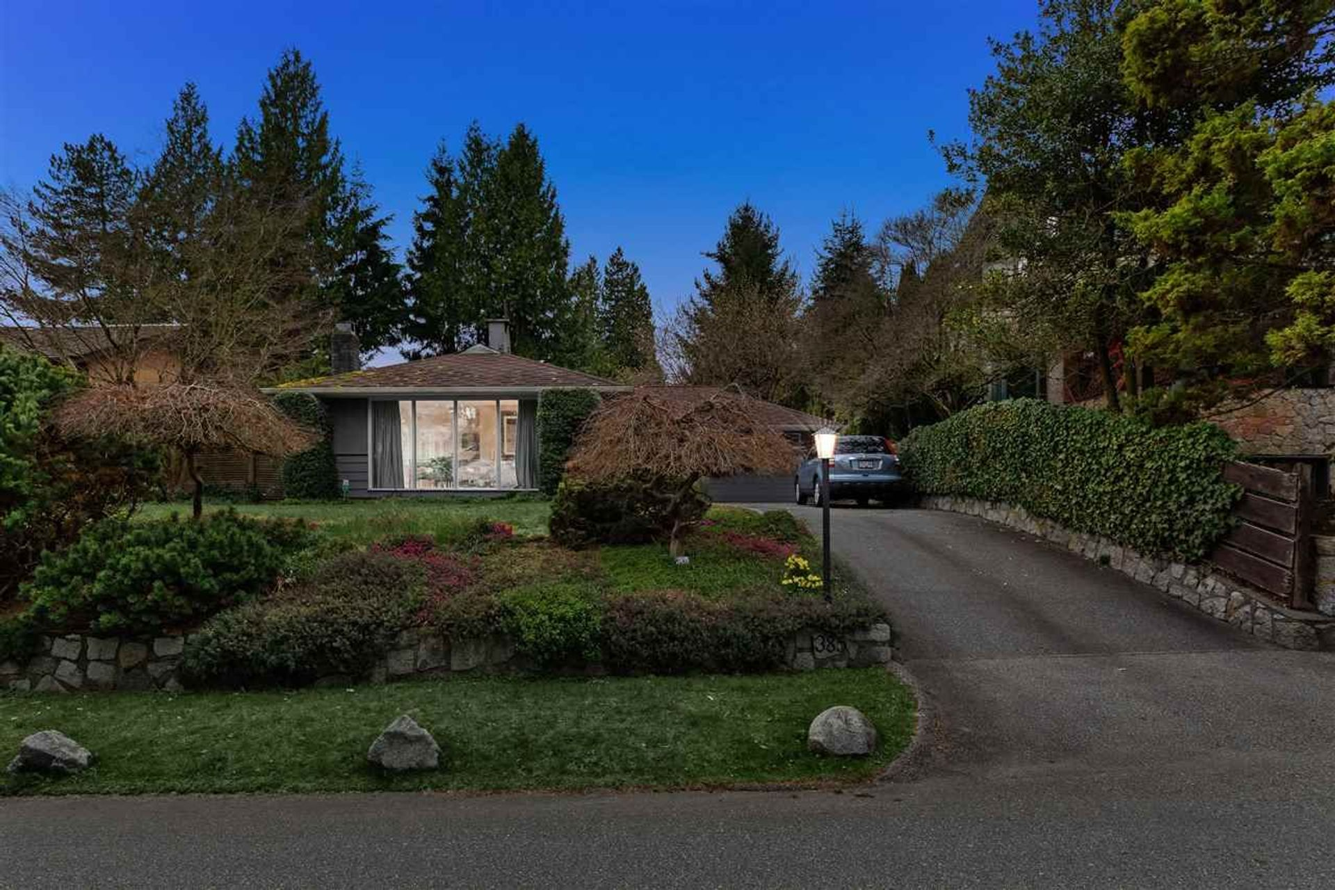 1385 19th Street, Ambleside, West Vancouver