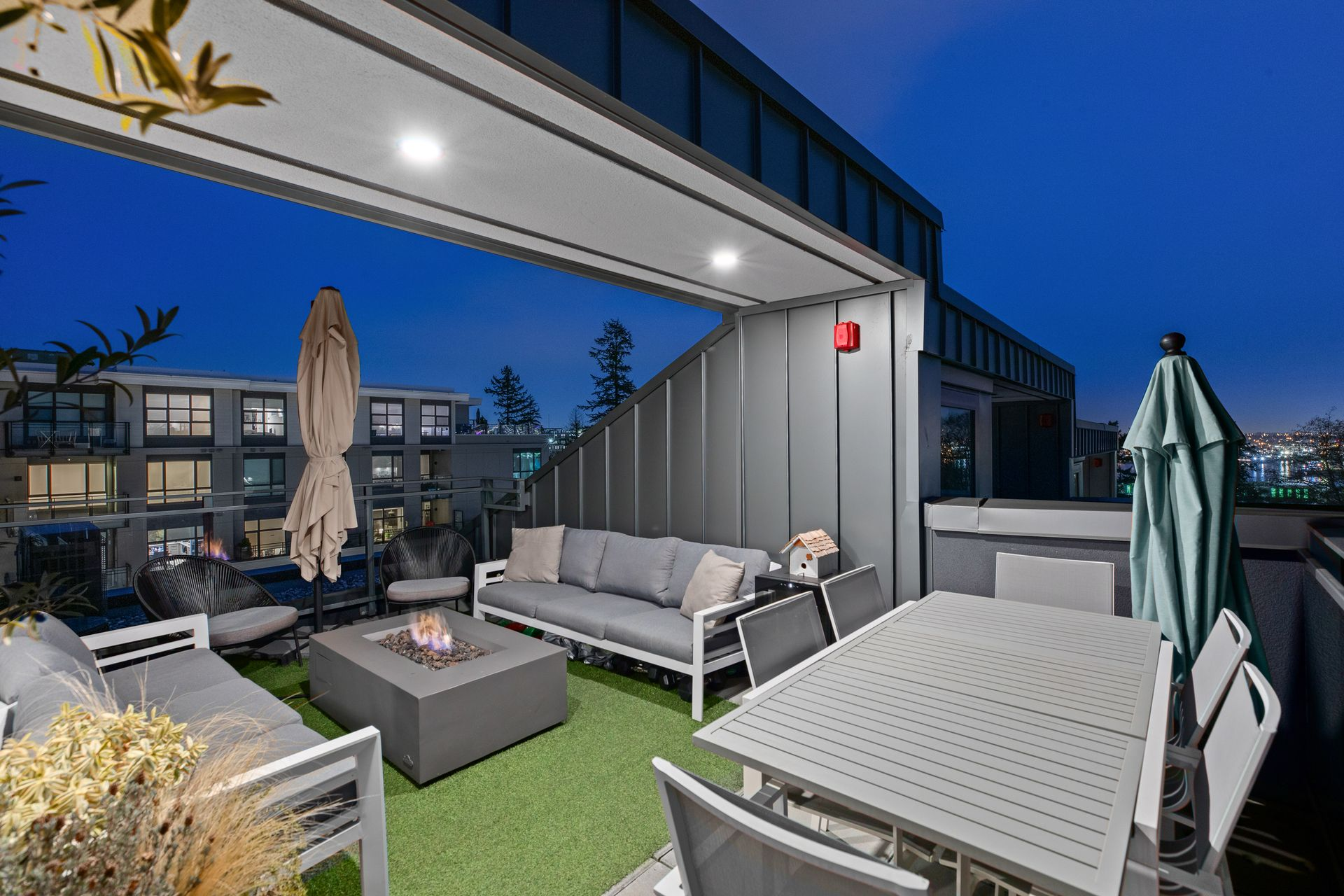 full-19 at 214 - 349 E 3rd Street, Lower Lonsdale, North Vancouver