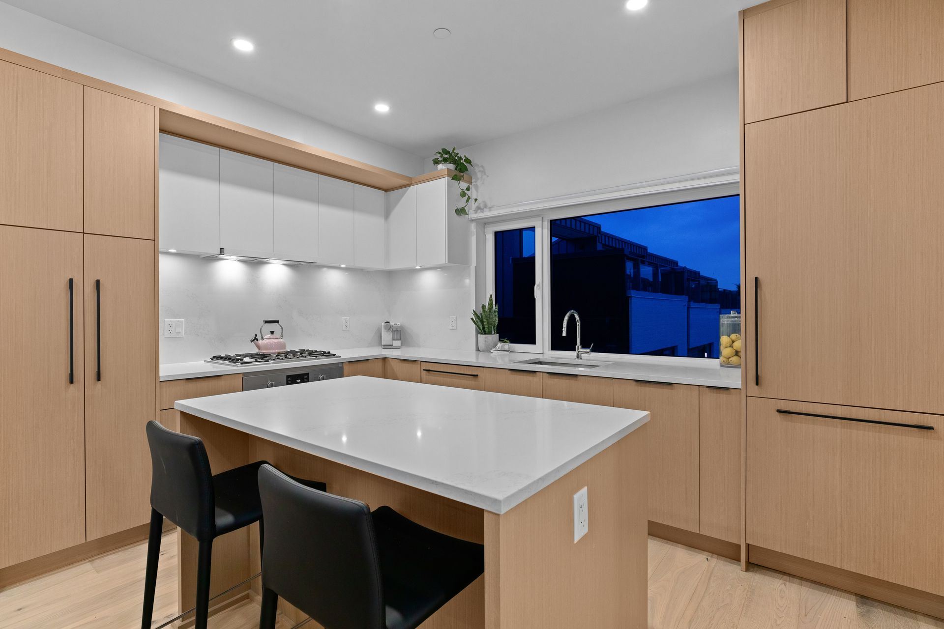 full-2 at 214 - 349 E 3rd Street, Lower Lonsdale, North Vancouver