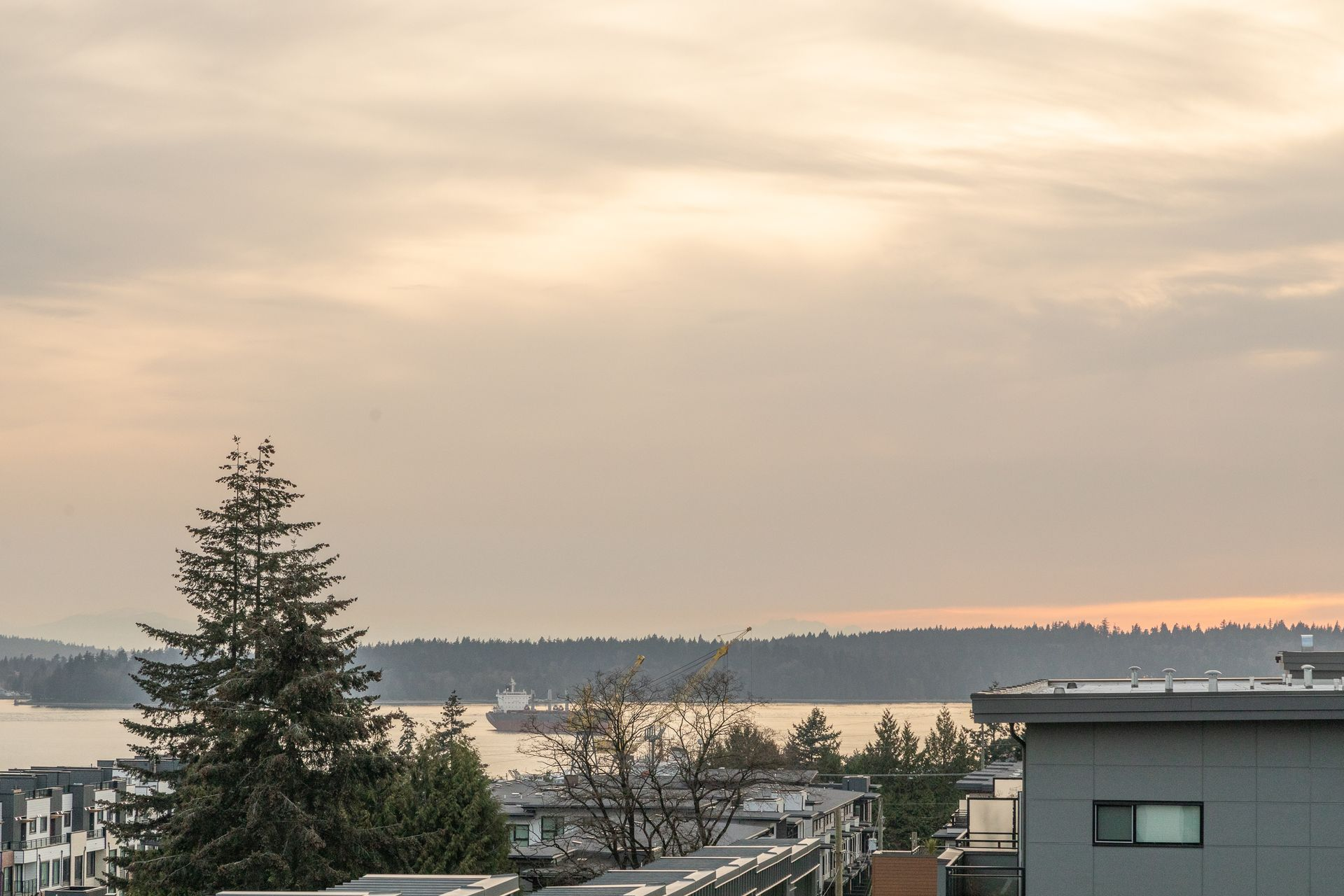 full-27 at 214 - 349 E 3rd Street, Lower Lonsdale, North Vancouver