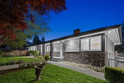 full-2 at 3985 Sunnycrest Drive, Forest Hills NV, North Vancouver