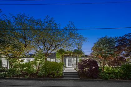 full-4 at 3985 Sunnycrest Drive, Forest Hills NV, North Vancouver