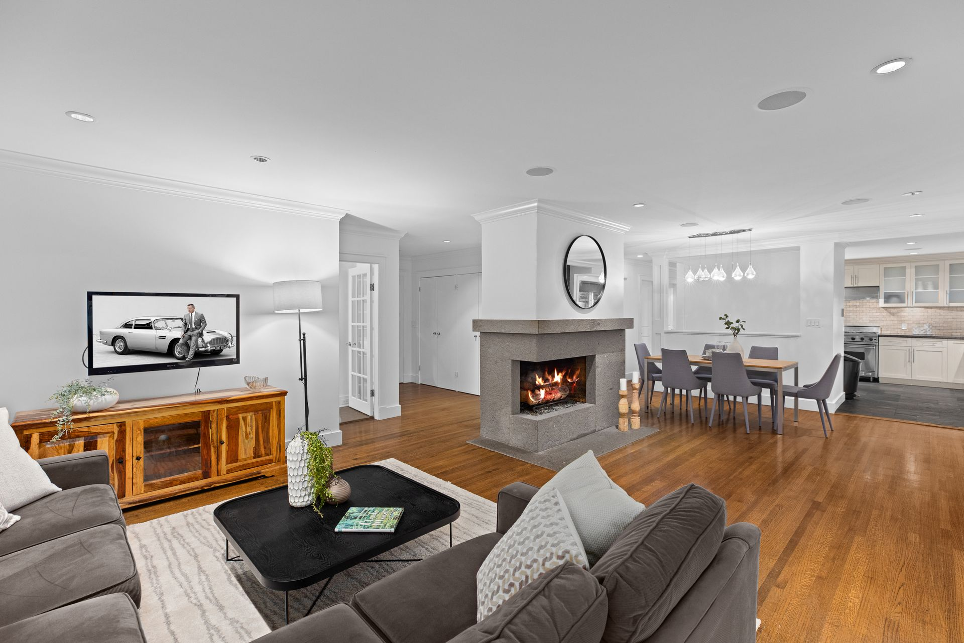 full-11 at 3985 Sunnycrest Drive, Forest Hills NV, North Vancouver