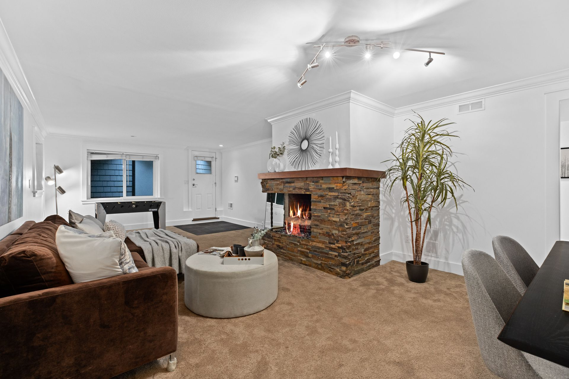 full-27 at 3985 Sunnycrest Drive, Forest Hills NV, North Vancouver