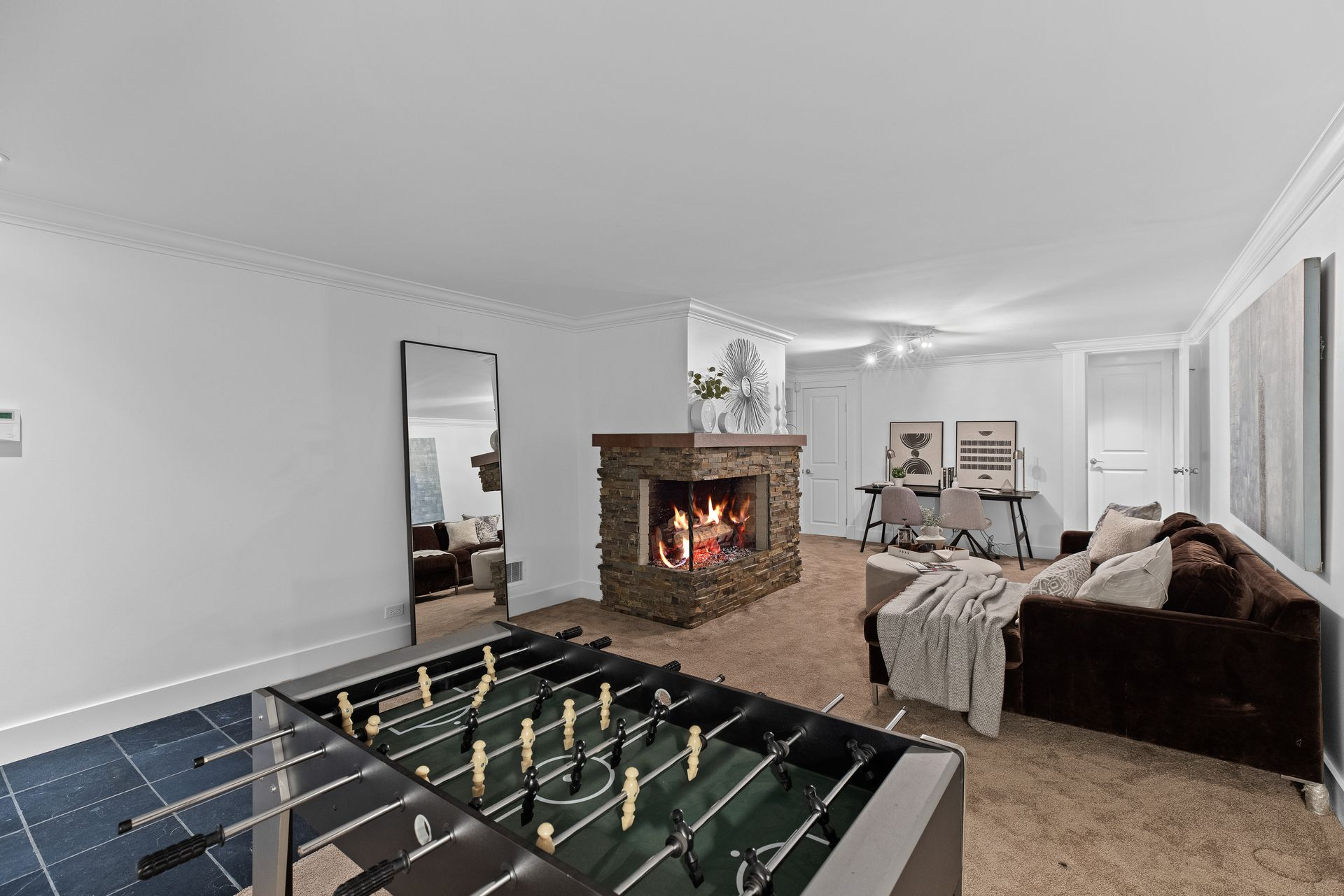 full-28 at 3985 Sunnycrest Drive, Forest Hills NV, North Vancouver