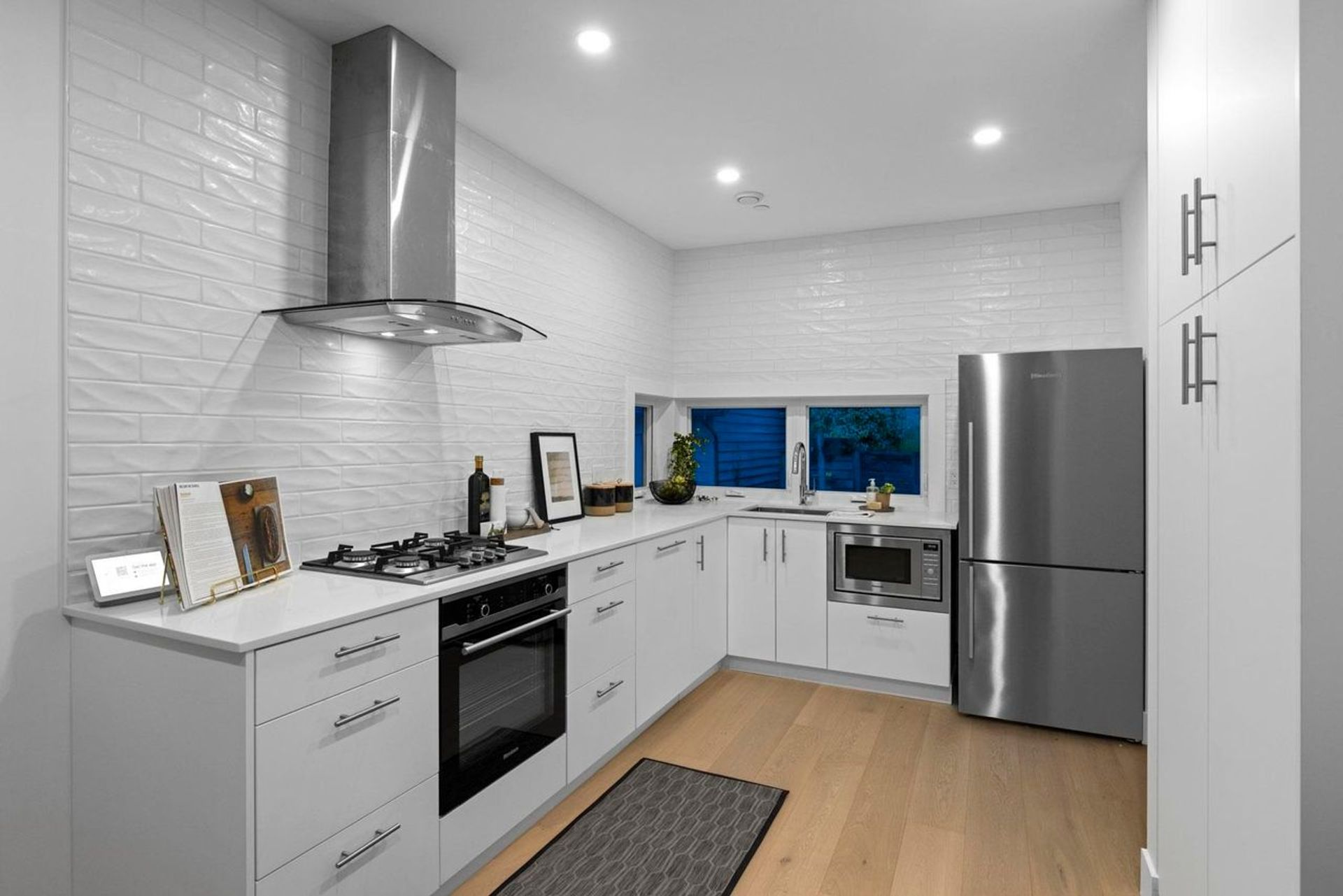 242 W 6th Street, Lower Lonsdale, North Vancouver