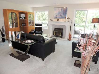 Interior-LivingRoon at 112 - 4001 Old Clayburn Road, Abbotsford East, Abbotsford