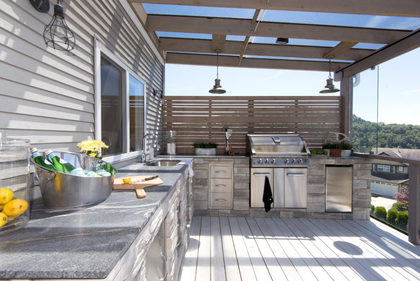 Sundeck-Patio-Balcony-Exterior-Kitchen-Barbeque-BBQ-Outdoorkitchen at 3355 Goldstream Drive, Abbotsford East, Abbotsford