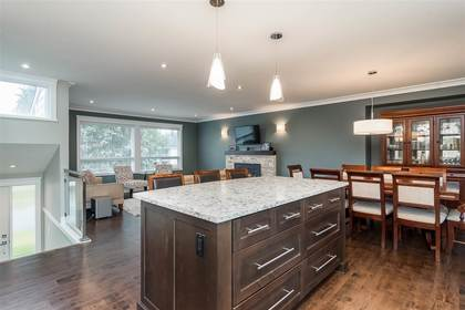 Interior - Kitchen - Living Room - Family Room - Dining Room - Eating Area at 3267 Cheam Drive, Abbotsford West, Abbotsford