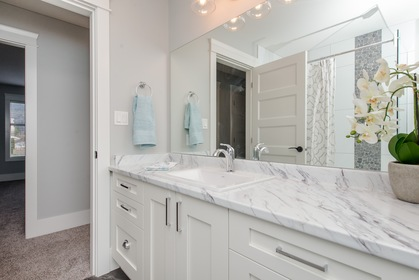 Interior - Bathroom at 42263 Elizabeth Avenue, Yarrow