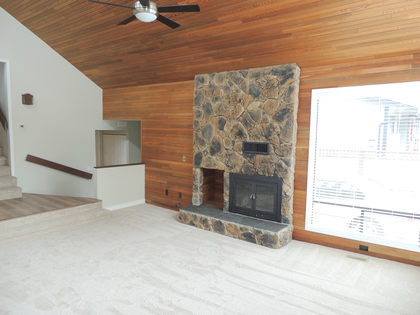 Interior - Living Room - Family Room - Fireplace - Vaulted Ceiling at 45347 Stevenson Road, Chilliwack