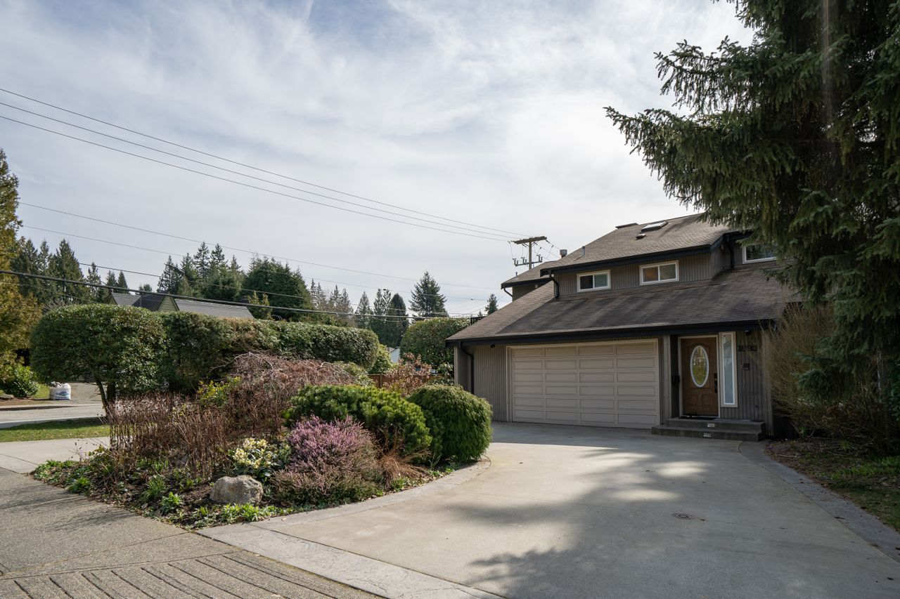 1693 Ross Road, Westlynn Terrace, North Vancouver 2