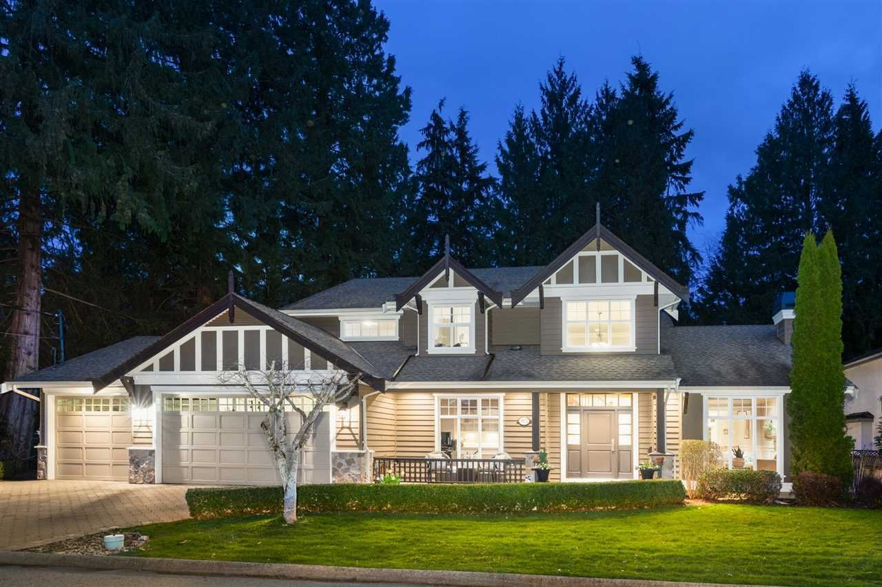 3972 Ruby Avenue, Edgemont, North Vancouver 2