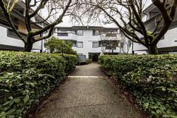 809w16-27 at 107 - 809 West 16th Street, Mosquito Creek, North Vancouver