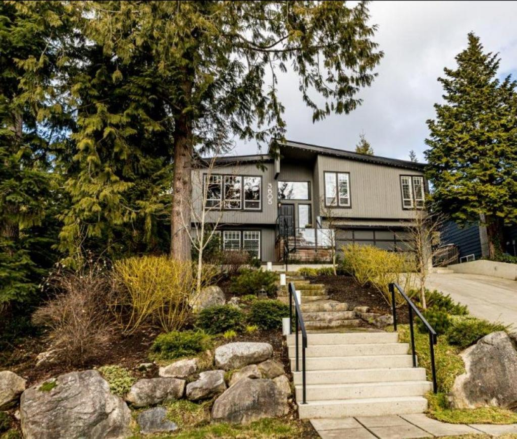 3605 Rutherford Crescent, Princess Park, North Vancouver 2
