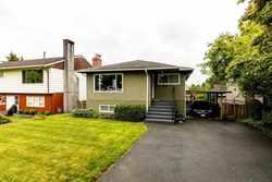 819-e-14th-street-boulevard-north-vancouver-40 at 819 E 14th Street, Boulevard, North Vancouver