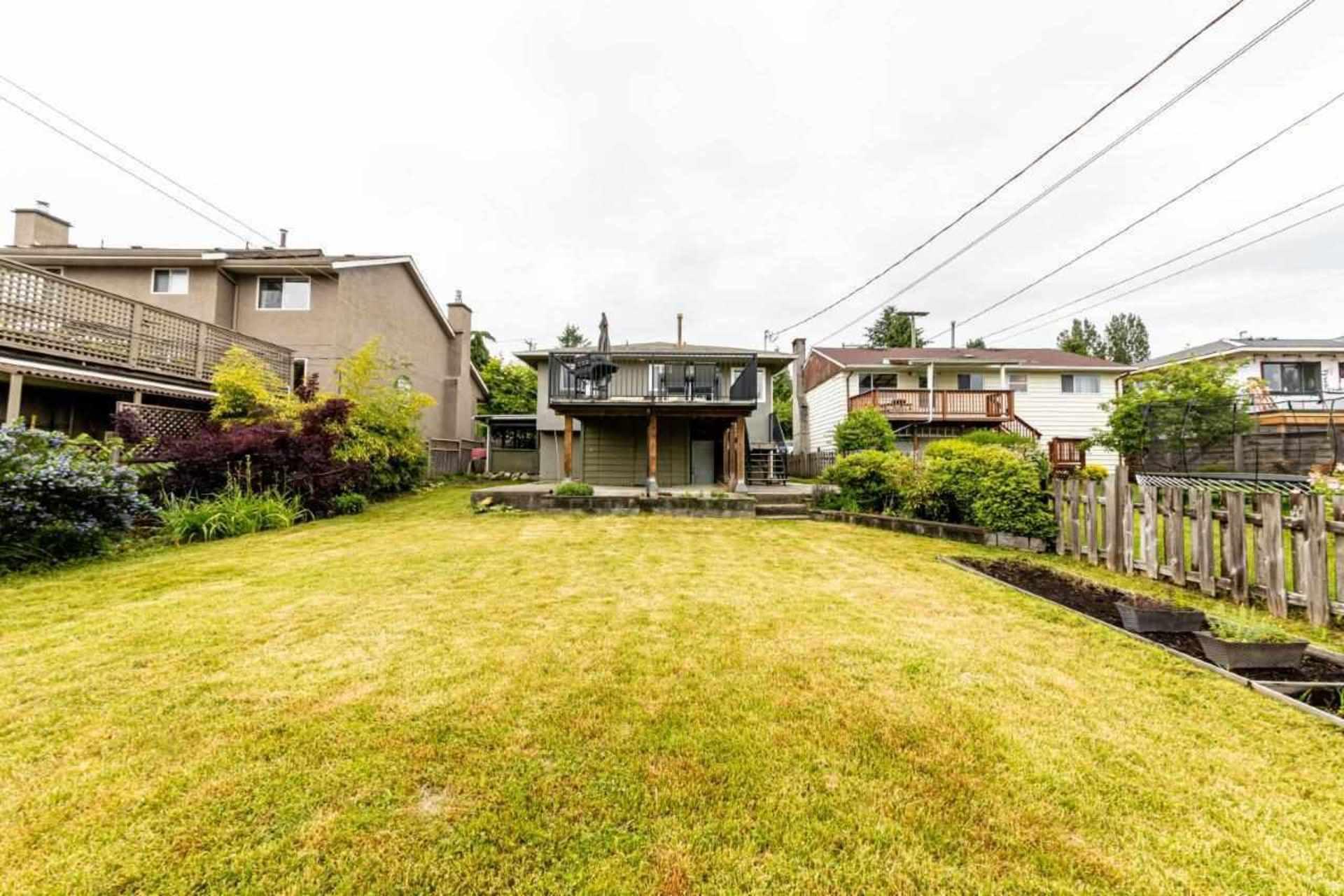 819-e-14th-street-boulevard-north-vancouver-35 at 819 E 14th Street, Boulevard, North Vancouver