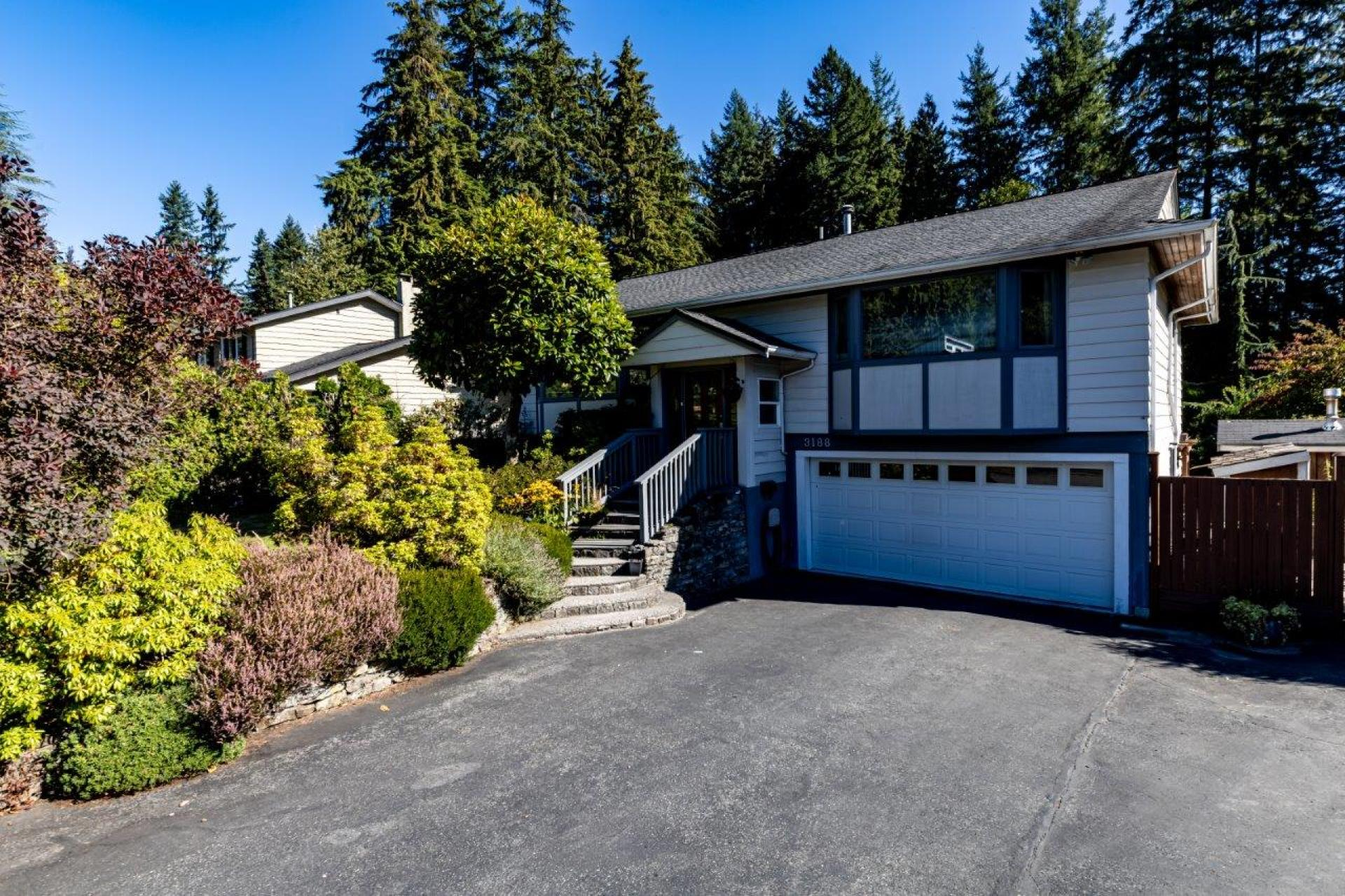 3188 Robinson Road, Lynn Valley, North Vancouver
