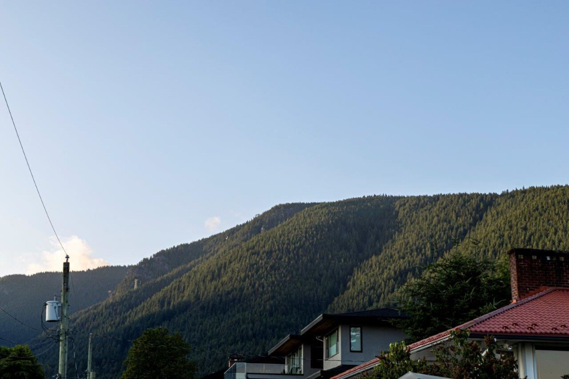 4367-ranger-avenue-forest-hills-nv-north-vancouver-31 at 4367 Ranger Avenue, Forest Hills NV, North Vancouver