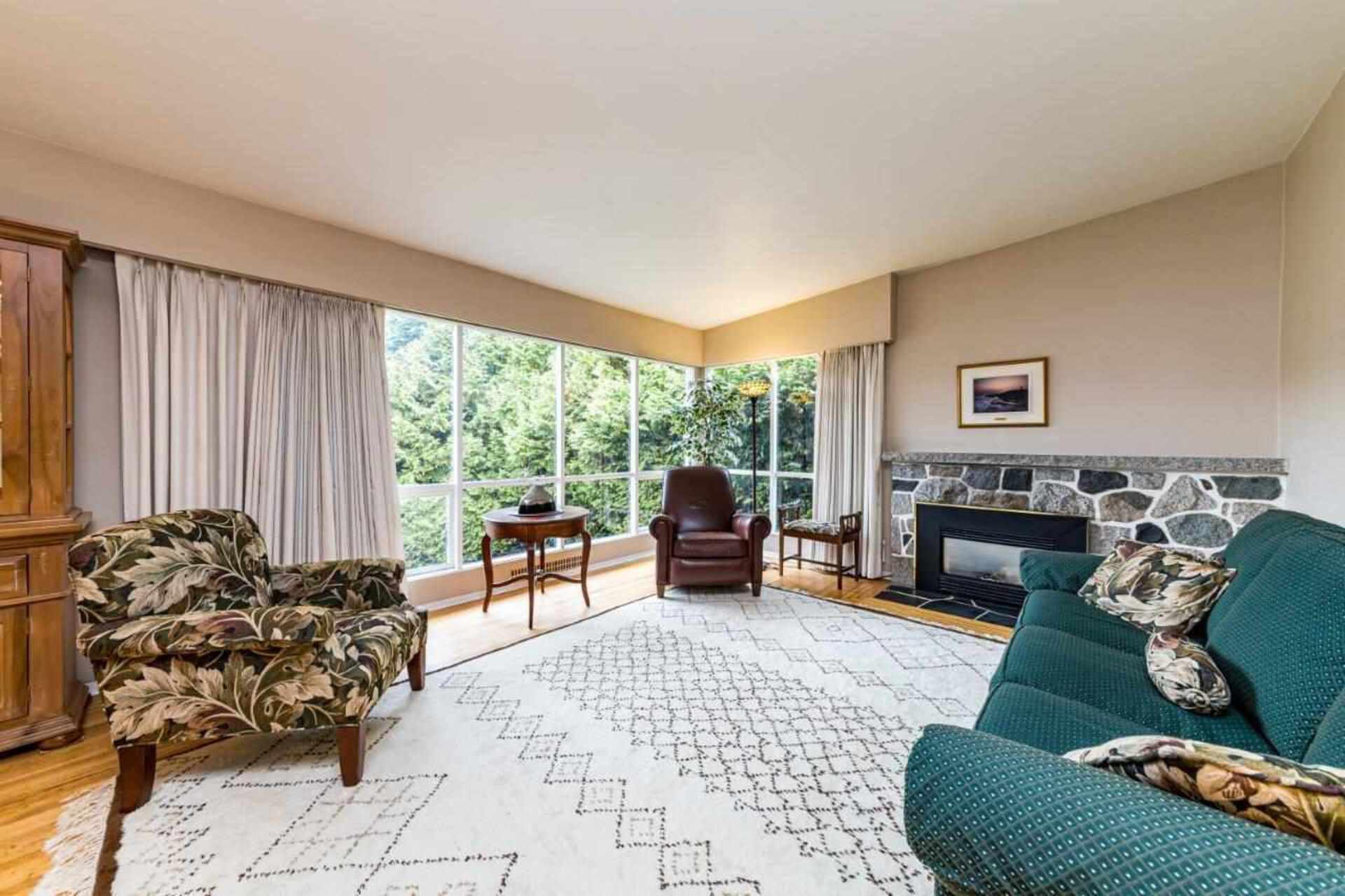4363-highland-boulevard-forest-hills-nv-north-vancouver-04 at 4363 Highland Boulevard, Forest Hills NV, North Vancouver