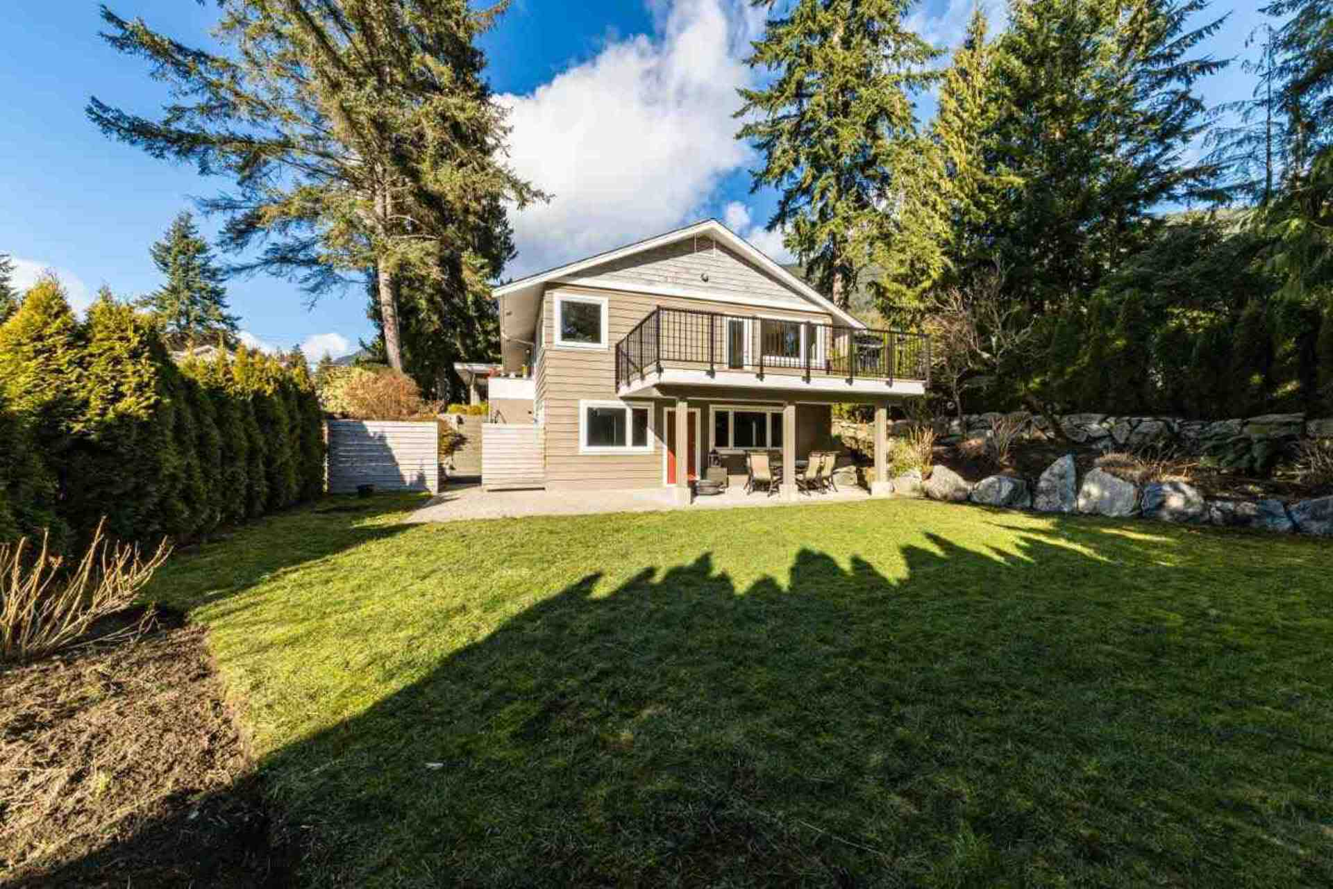 5080 Cliffridge Avenue, Canyon Heights NV, North Vancouver