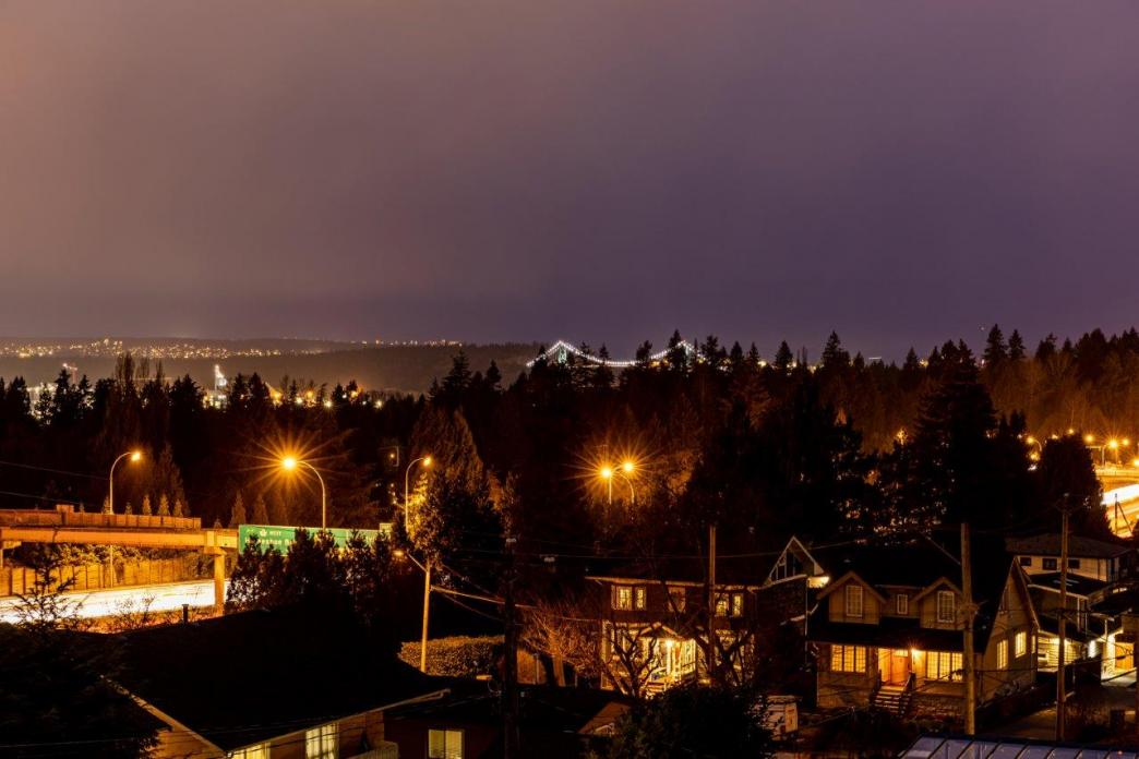 339 W 26th Street, Upper Lonsdale, North Vancouver 2