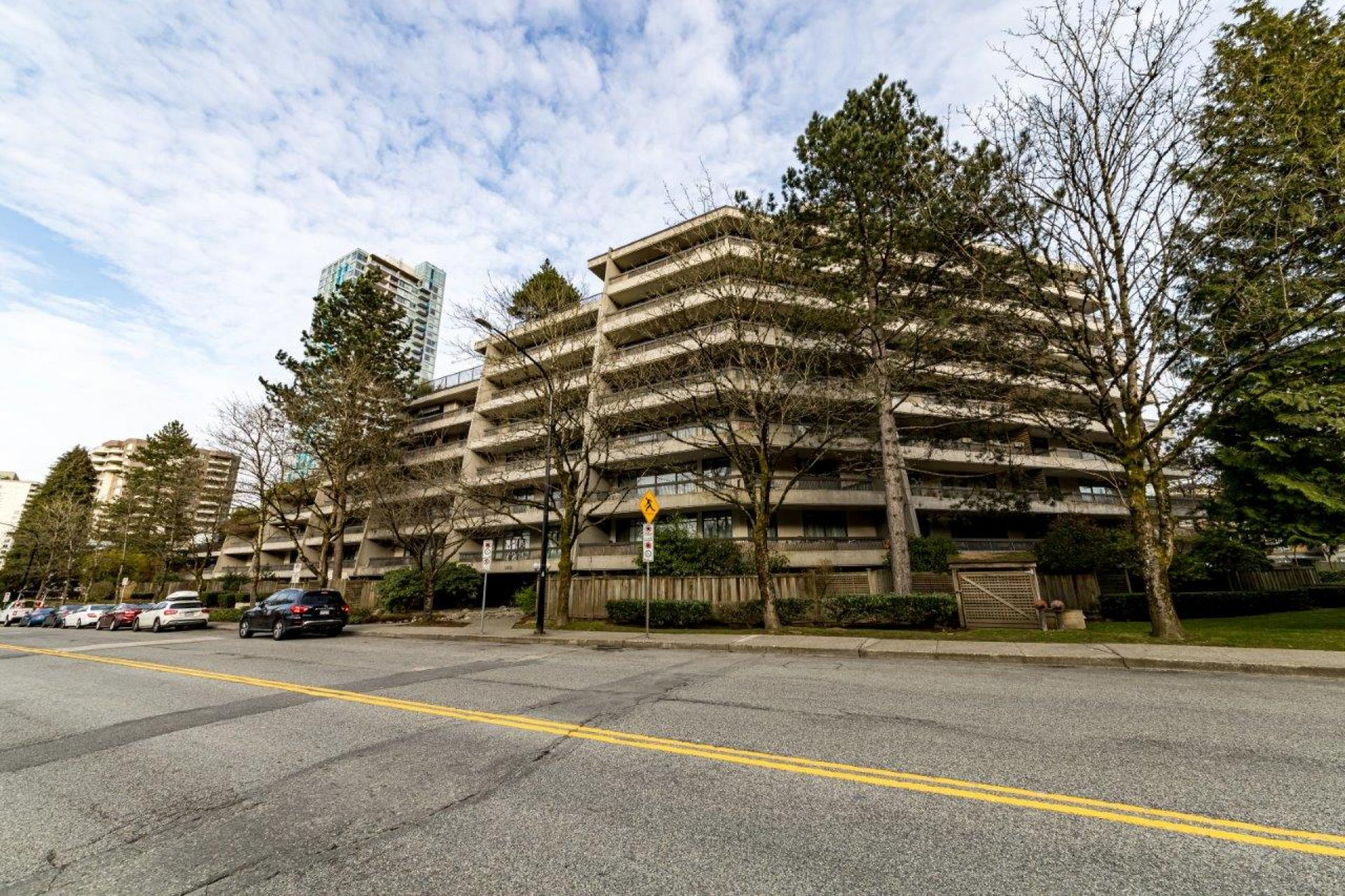 501 - 5932 Patterson Avenue, Metrotown, Burnaby South