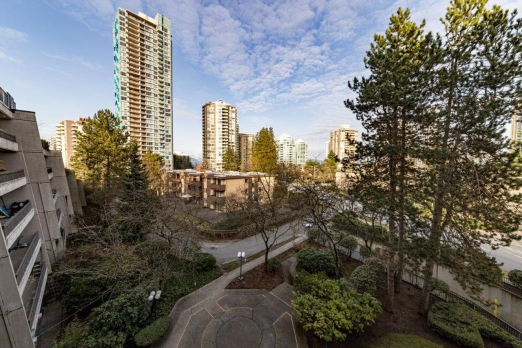 501 - 5932 Patterson Avenue, Metrotown, Burnaby South 2