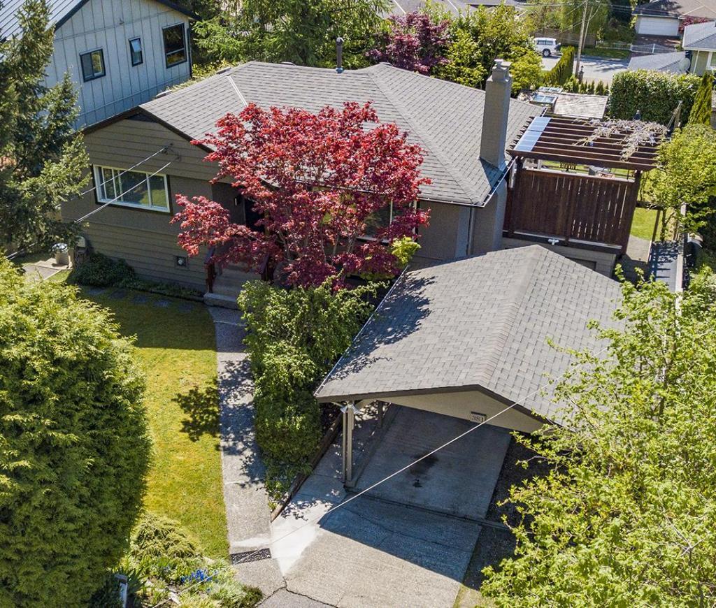 381 E Carisbrooke Road, Upper Lonsdale, North Vancouver 2