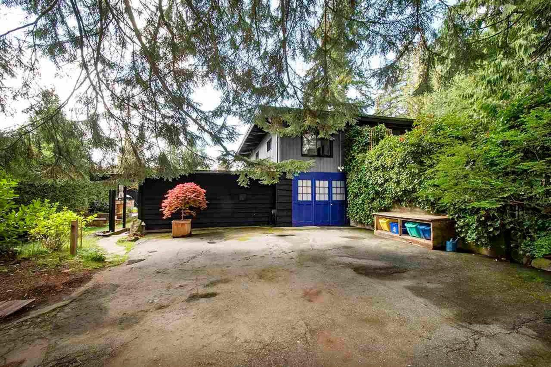 3290-regent-avenue-princess-park-north-vancouver-32 at 3290 Regent Avenue, Princess Park, North Vancouver