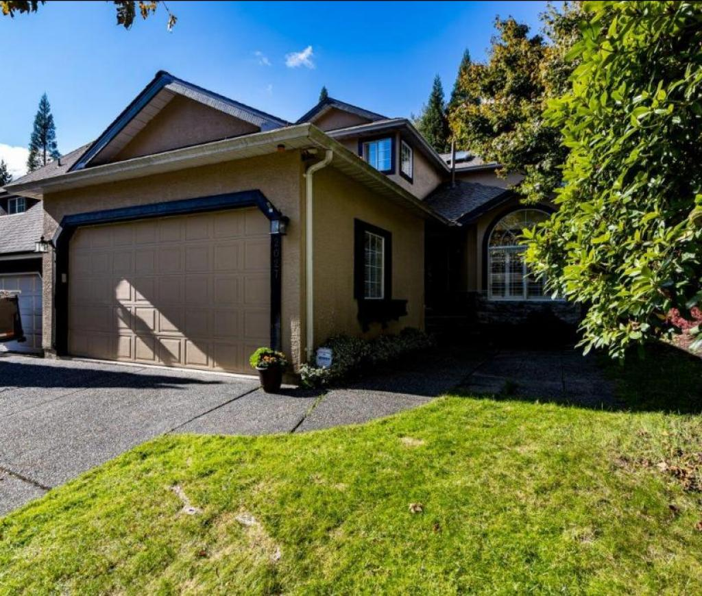 2027 Frames Court, Indian River, North Vancouver 2