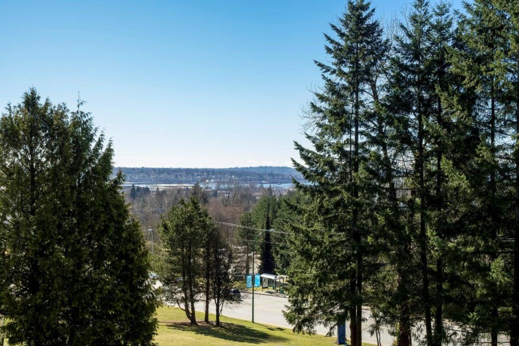 1048 Lillooet Road, Lynnmour, North Vancouver 2