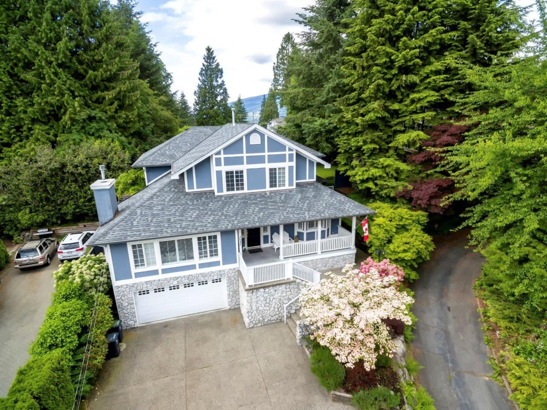 3565dowsley-4 at 3565 Dowsley Court, Upper Lonsdale, North Vancouver