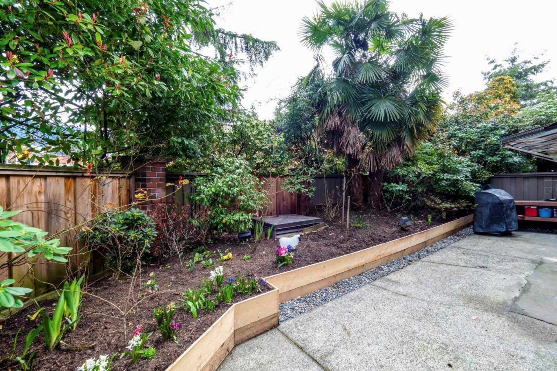 101e29-10 at 104 - 101 East 29th, Upper Lonsdale, North Vancouver