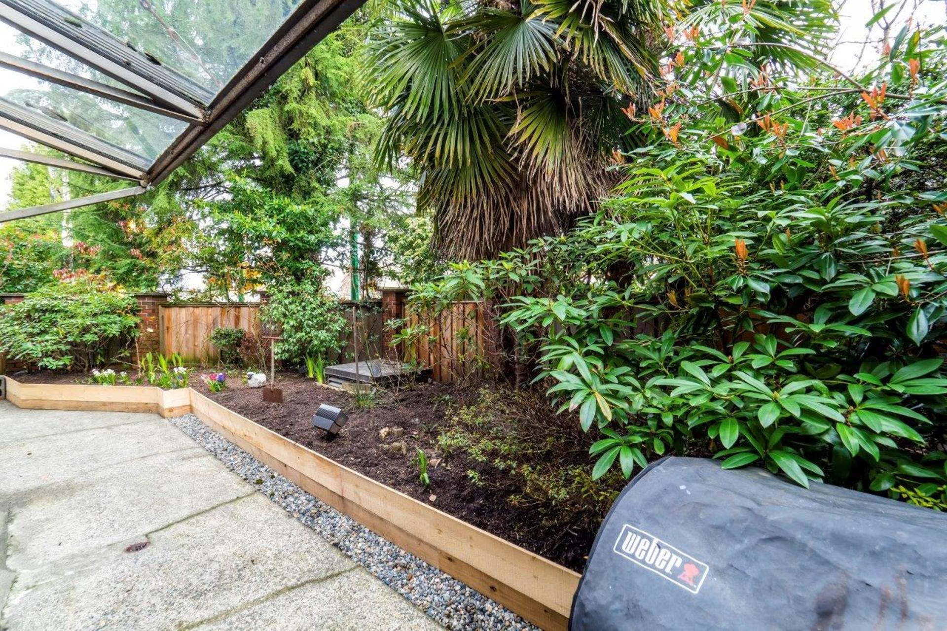 101e29-11 at 104 - 101 East 29th, Upper Lonsdale, North Vancouver