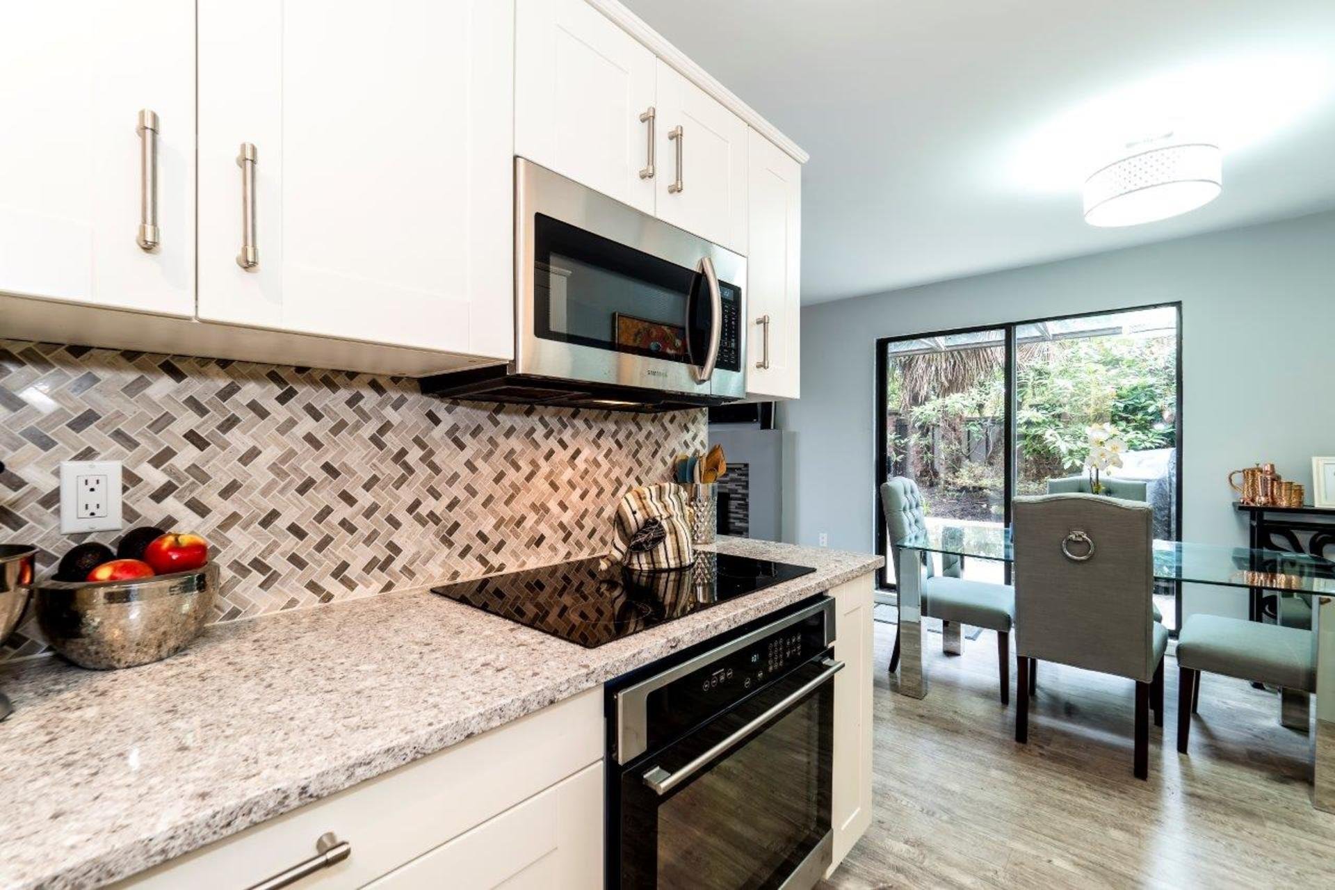 101e29-27 at 104 - 101 East 29th, Upper Lonsdale, North Vancouver