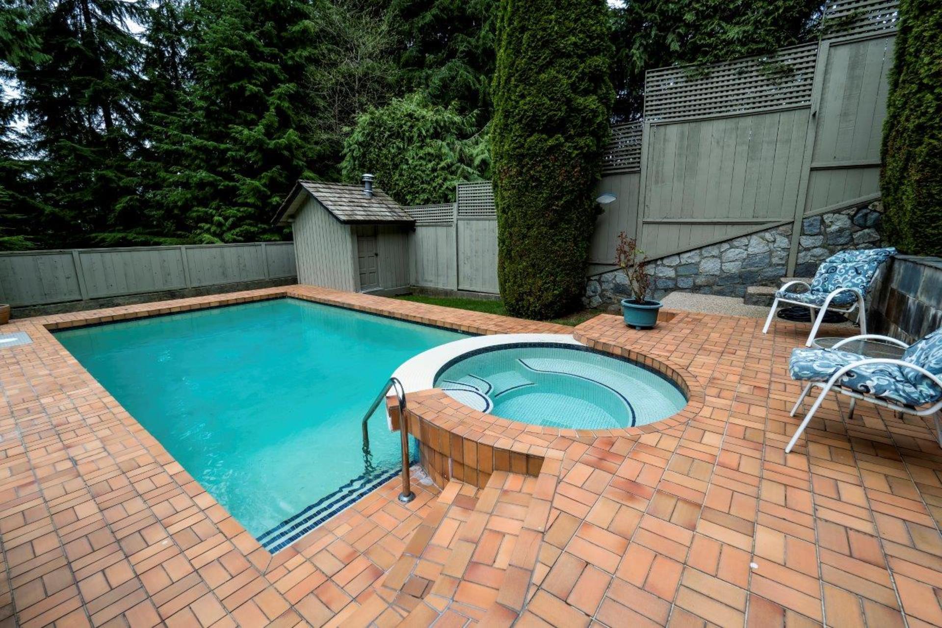 5595molina-57 at 5595 Molina Road, Canyon Heights NV, North Vancouver