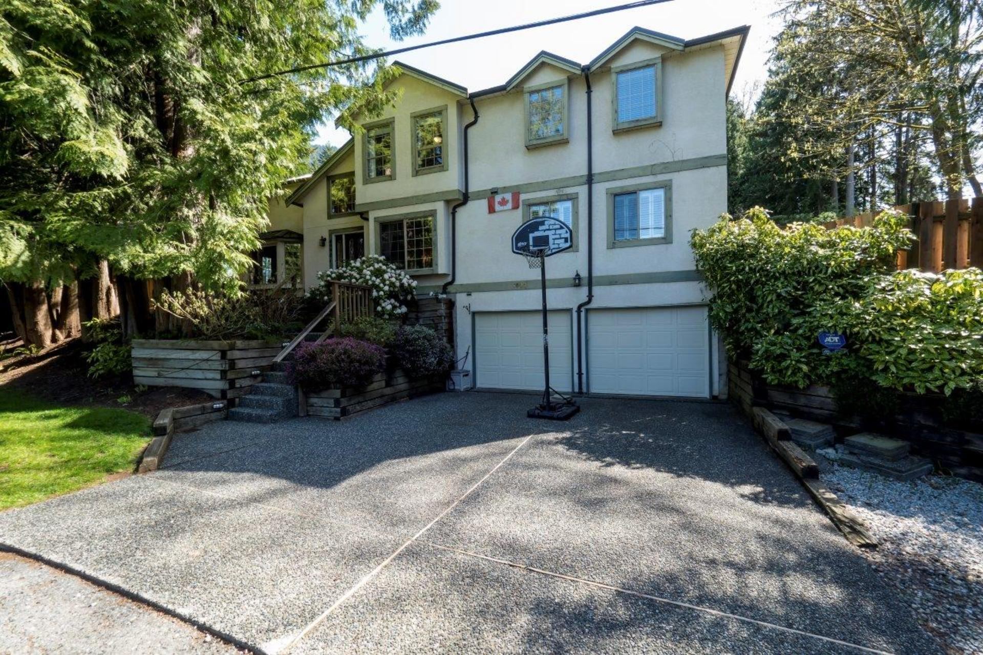 4990 Cedarcrest Avenue, Canyon Heights NV, North Vancouver