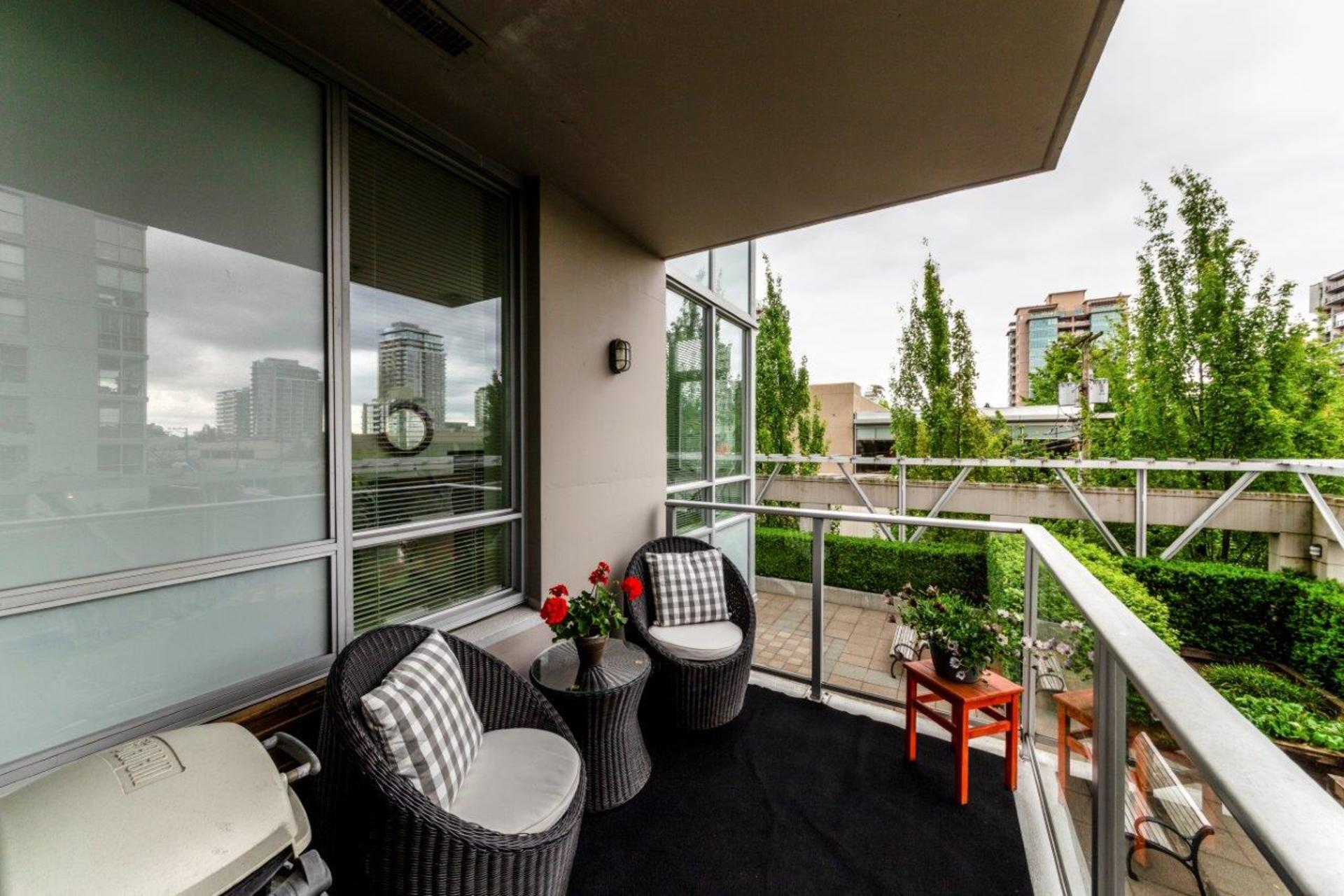 305-120w16-21 at 305 - 120 West 16th, Central Lonsdale, North Vancouver