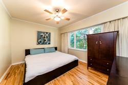 419w26-12 at 419 West 26th Street, Upper Lonsdale, North Vancouver